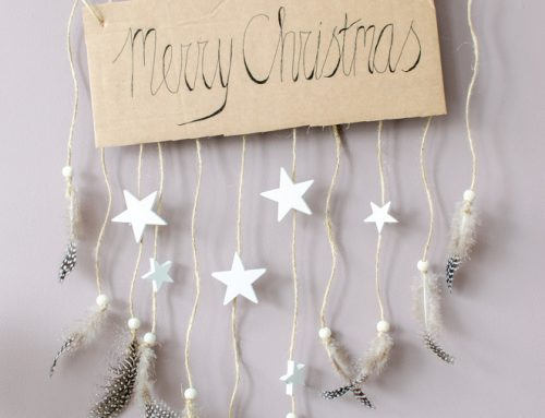 DIY boho kersthanger met veren en sterren