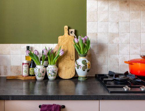 Keuken make-over: groen met roze